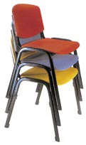 227-chaises-empilables-collectivites